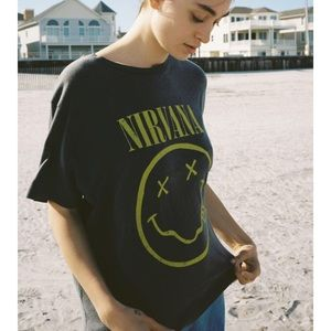 NWT Urban Outfitters Nirvana T-Shirt Size Small